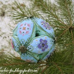 Twilight Pearls Leaf Ball