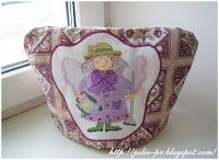 Грелка на чайник, вышивкой крестом, Ангел сада, Calico Crossroads, Crysantha Mumford, Linda Connors