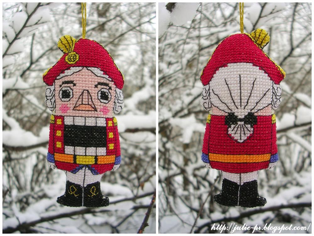 Щелкунчик вышивка крестом, елочная игрушка, Юлия Лапутина, схема для вышивки