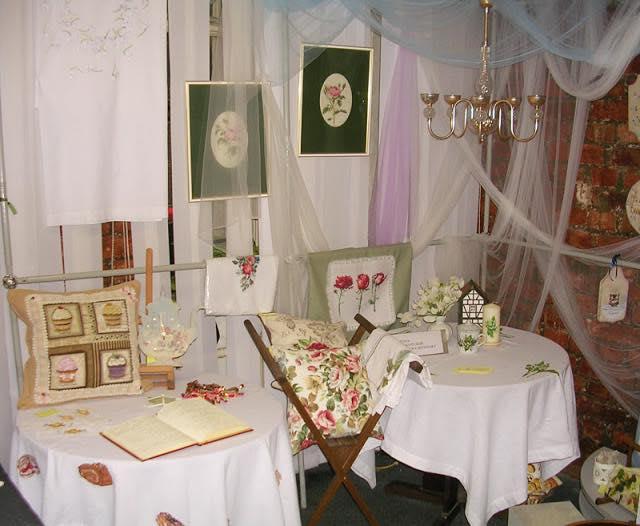 Выставка, вышивка крестом, Лиговский 65, Санкт-Петербург, вышитые скатерти