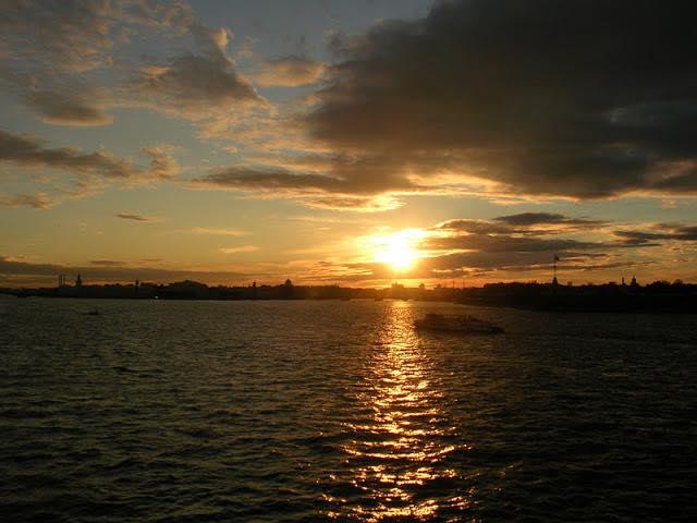 Закат на Неве, Санкт-Петербург