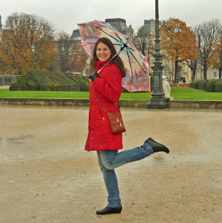 Париж, Лувр, осенний день в Париже