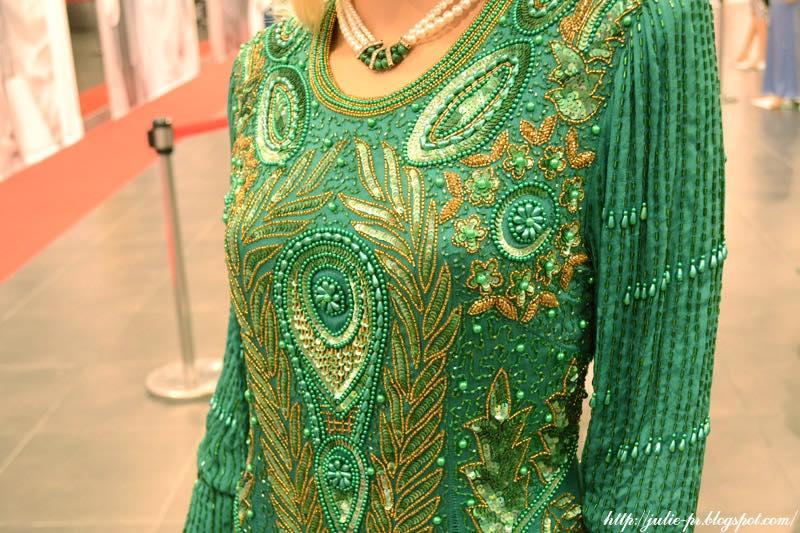 выставка, Александр Васильев, гламур 80-х, платье Gabriella, вышивка