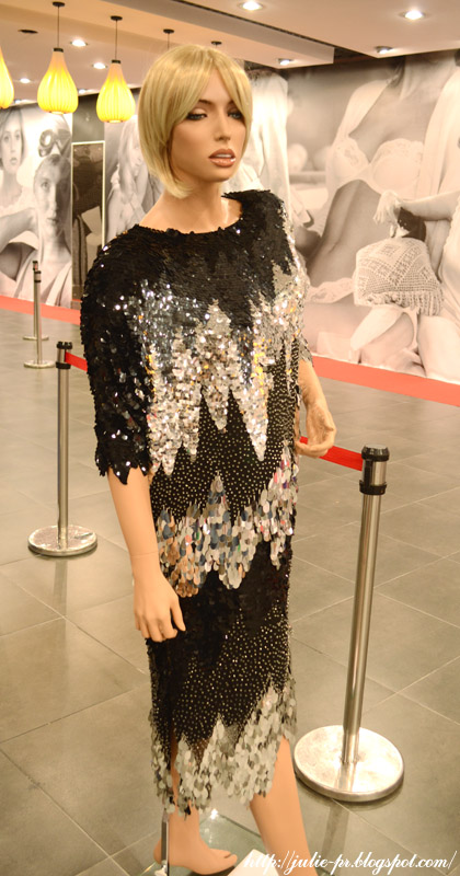 выставка, Александр Васильев, гламур 80-х, вышивка пайетками, haute couture, Коктейльное платье Oleg Cassini