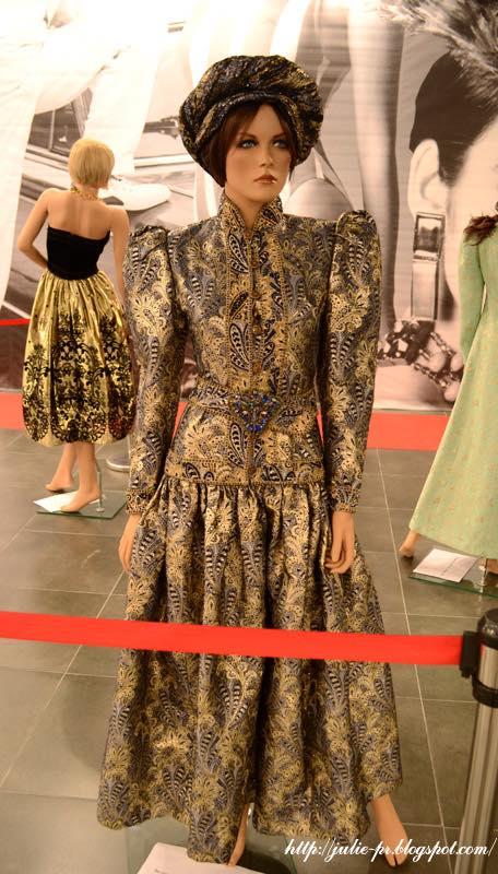 выставка, Александр Васильев, гламур 80-х, haute couture, Вечернее платье Jean Louis Scherrer