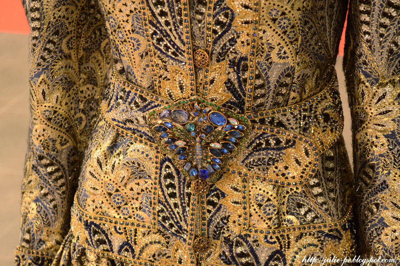 выставка, Александр Васильев, гламур 80-х, вышивка haute couture, Вечернее платье Jean Louis Scherrer