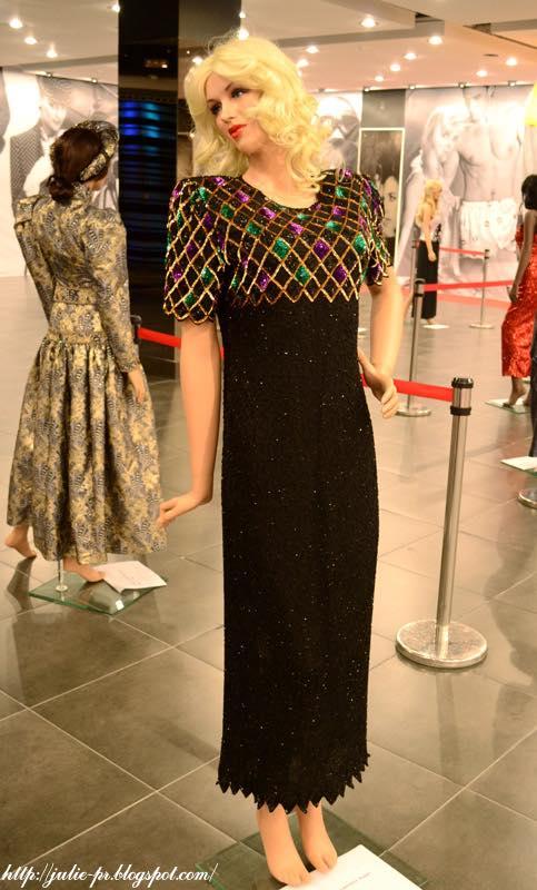 выставка, Александр Васильев, гламур 80-х, вышивка пайетками, haute couture