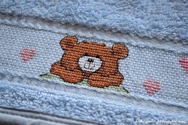 """слюнявчик с вышивкой, Rico design Stickidee №38 """"Babyglueck"""", вышивка крестом"""
