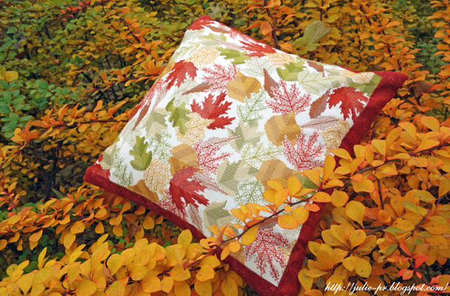 Mary Hickmott, Autumn leaves, New Stitches №164, вышивка крестом, blackwork, подушка с листьями, вышивка, осенние листья, блэкворк