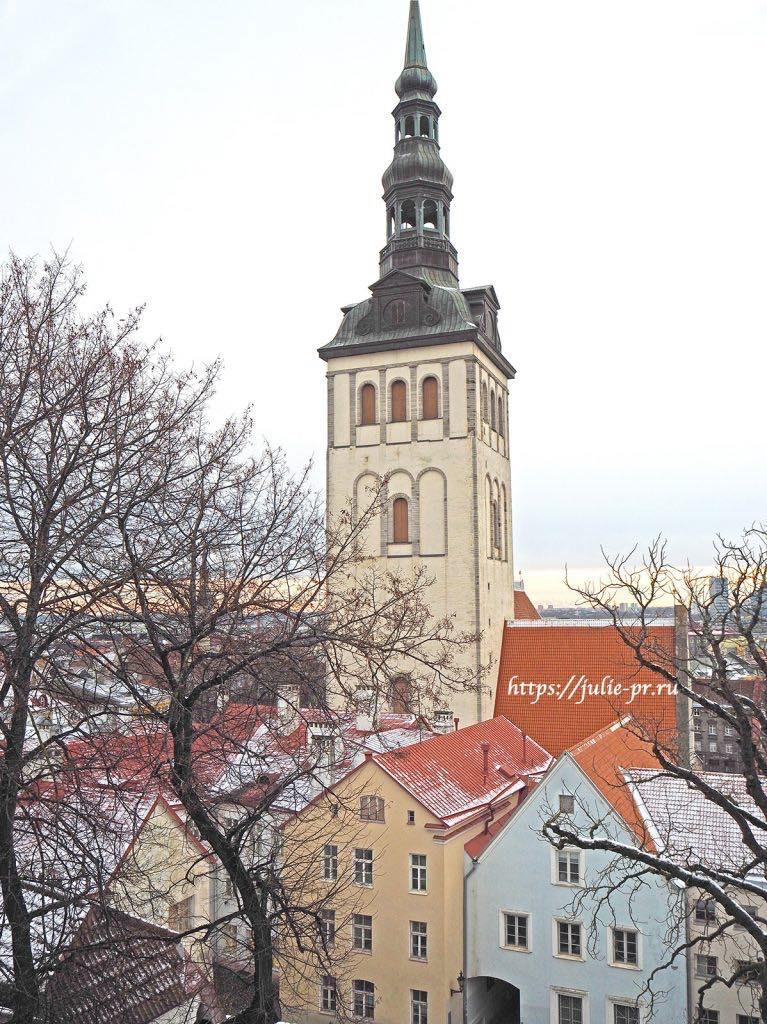 Таллин, Сад датского короля, монахи
