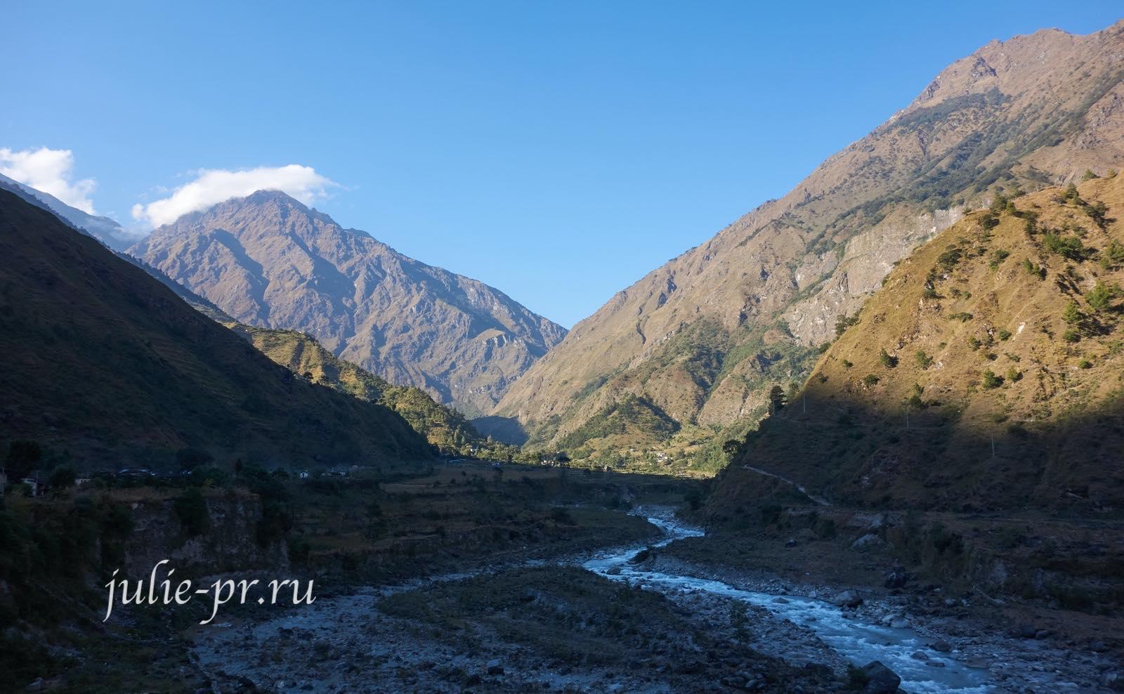 Непал, Трек вокруг Аннапурны, долина реки Кали-Гандаки
