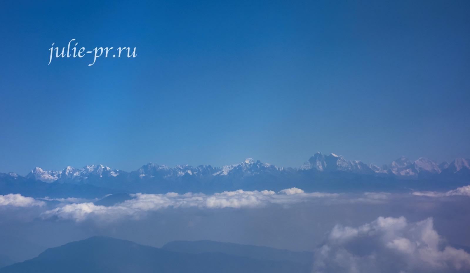 Непал, Гималаи, среди этих гор есть Эверест