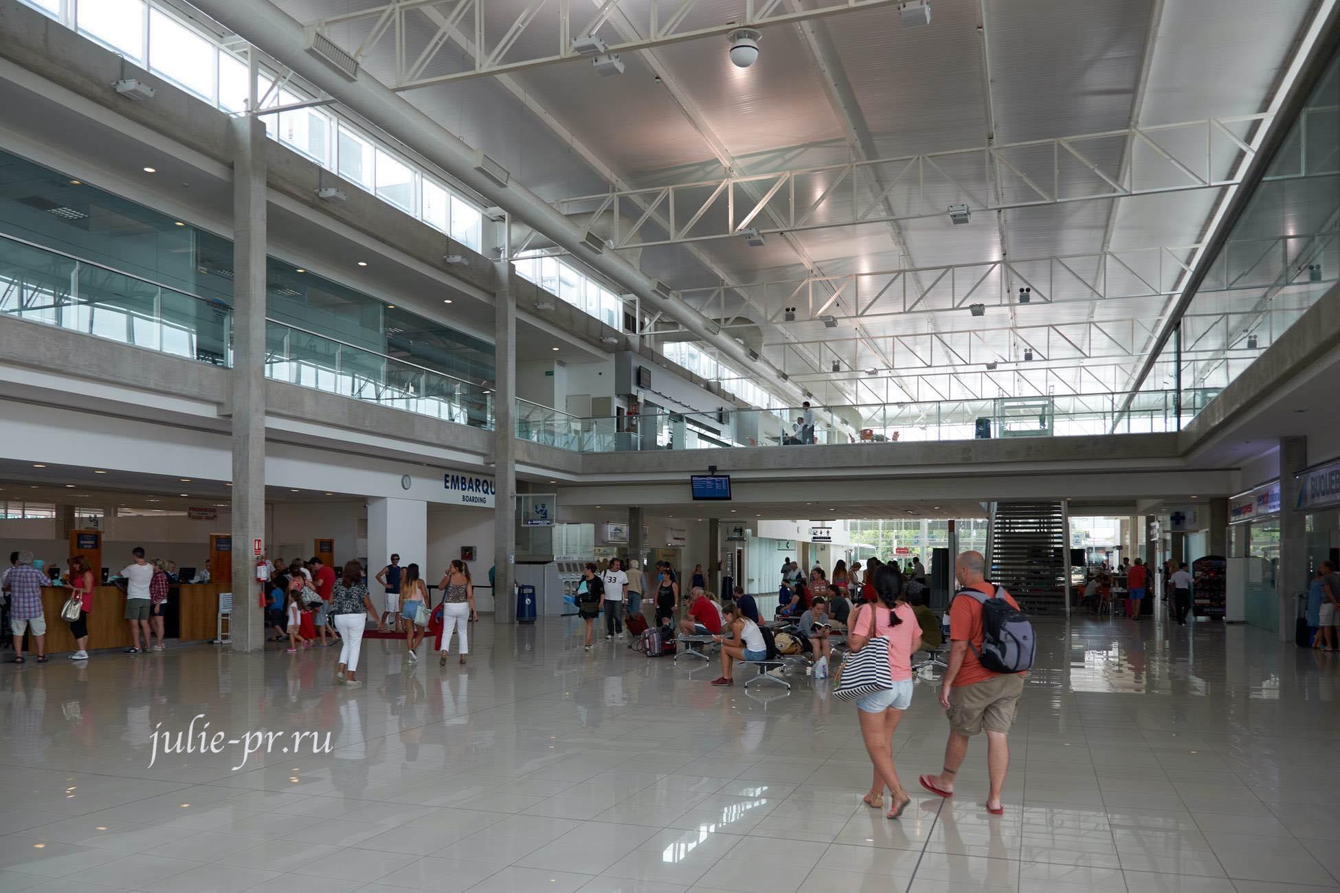Уругвай, Колония-дель-Сакраменто, паромный терминал