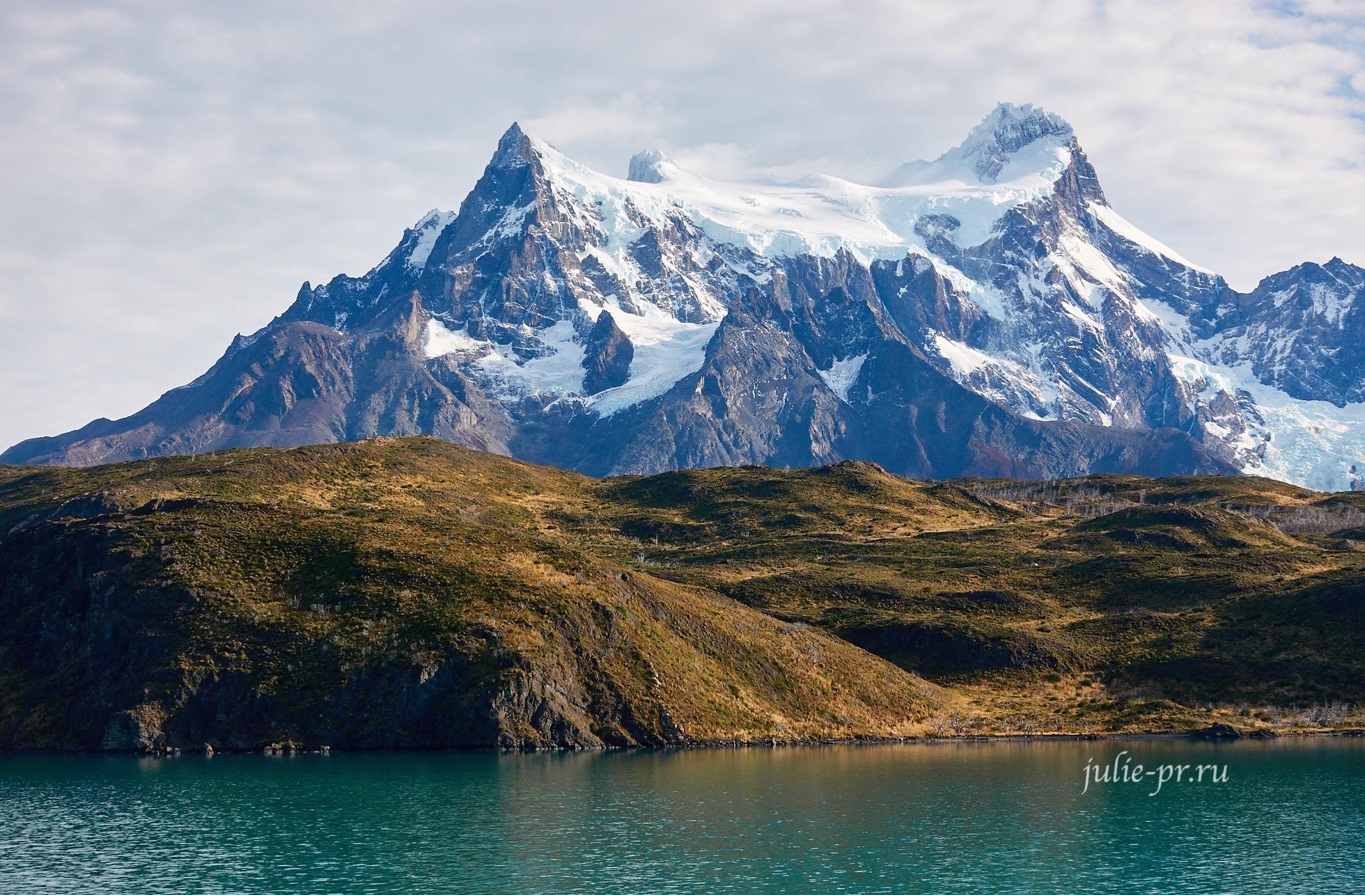 Чили, Патагония, Торрес-дель-Пайне, озеро Пеоэ