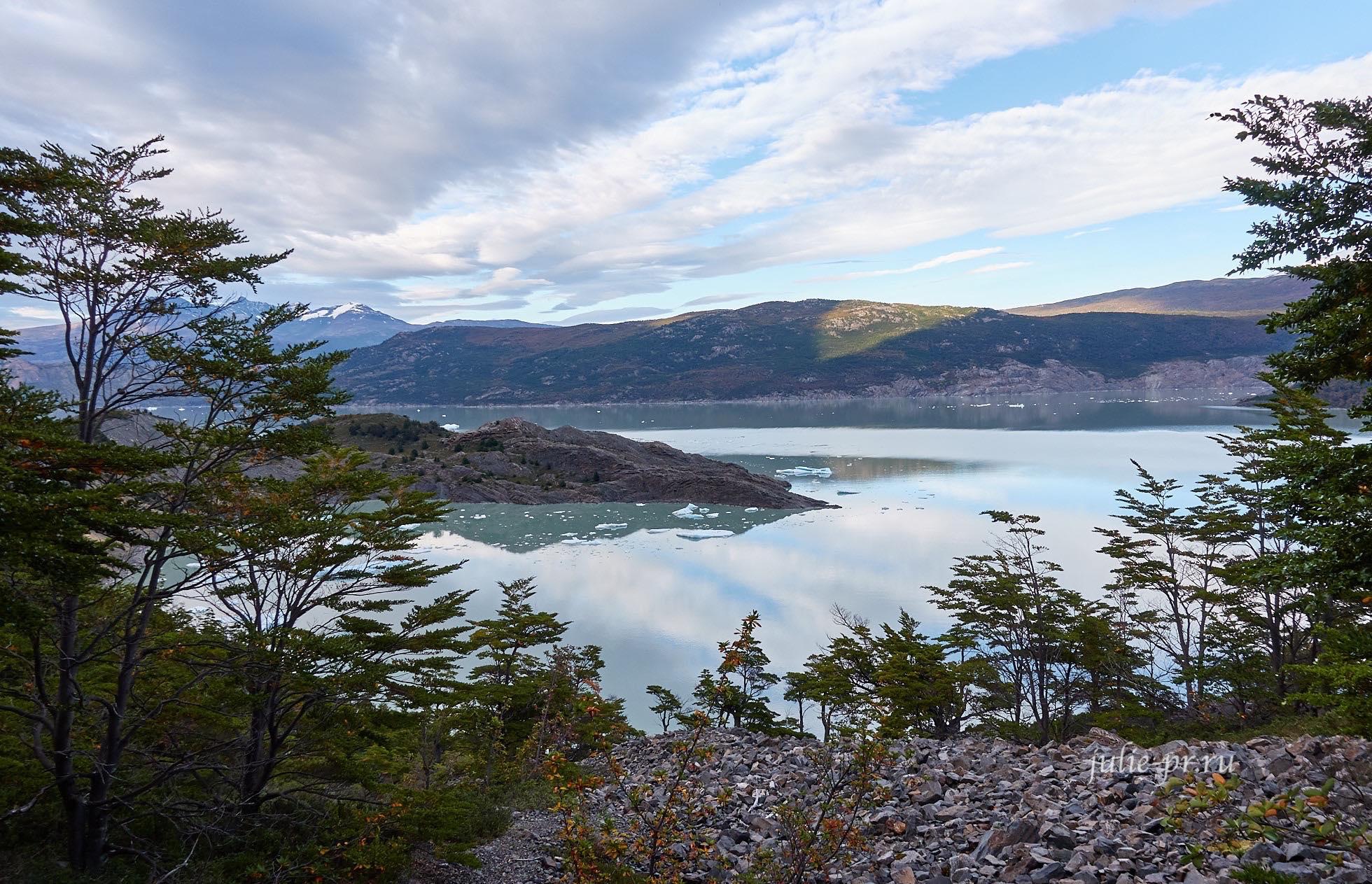 Чили, Патагония, Торрес-дель-Пайне, озеро Грей