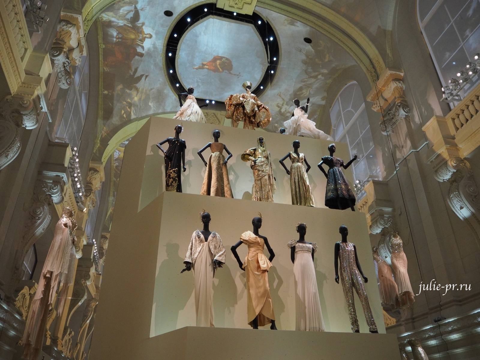 Выставка Christian Dior: Couturier Du Reve, Кристиан Диор кутюрье мечты, Музей декоративного искусства, Musee Des Arts Decoratifs, Париж