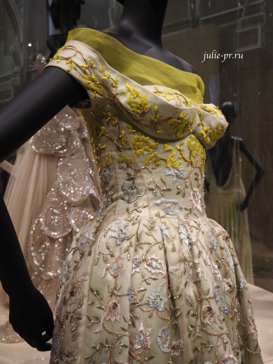 Christian Dior Haute Couture Fall 2012, Raf Simons, вышивка