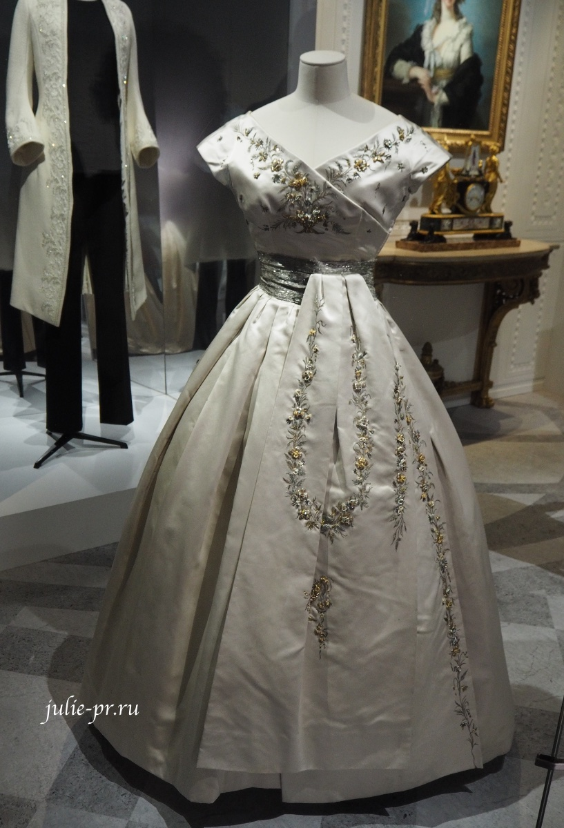 Платье Soiree Fleurie (Christian Dior haute couture осень/зима 1955)