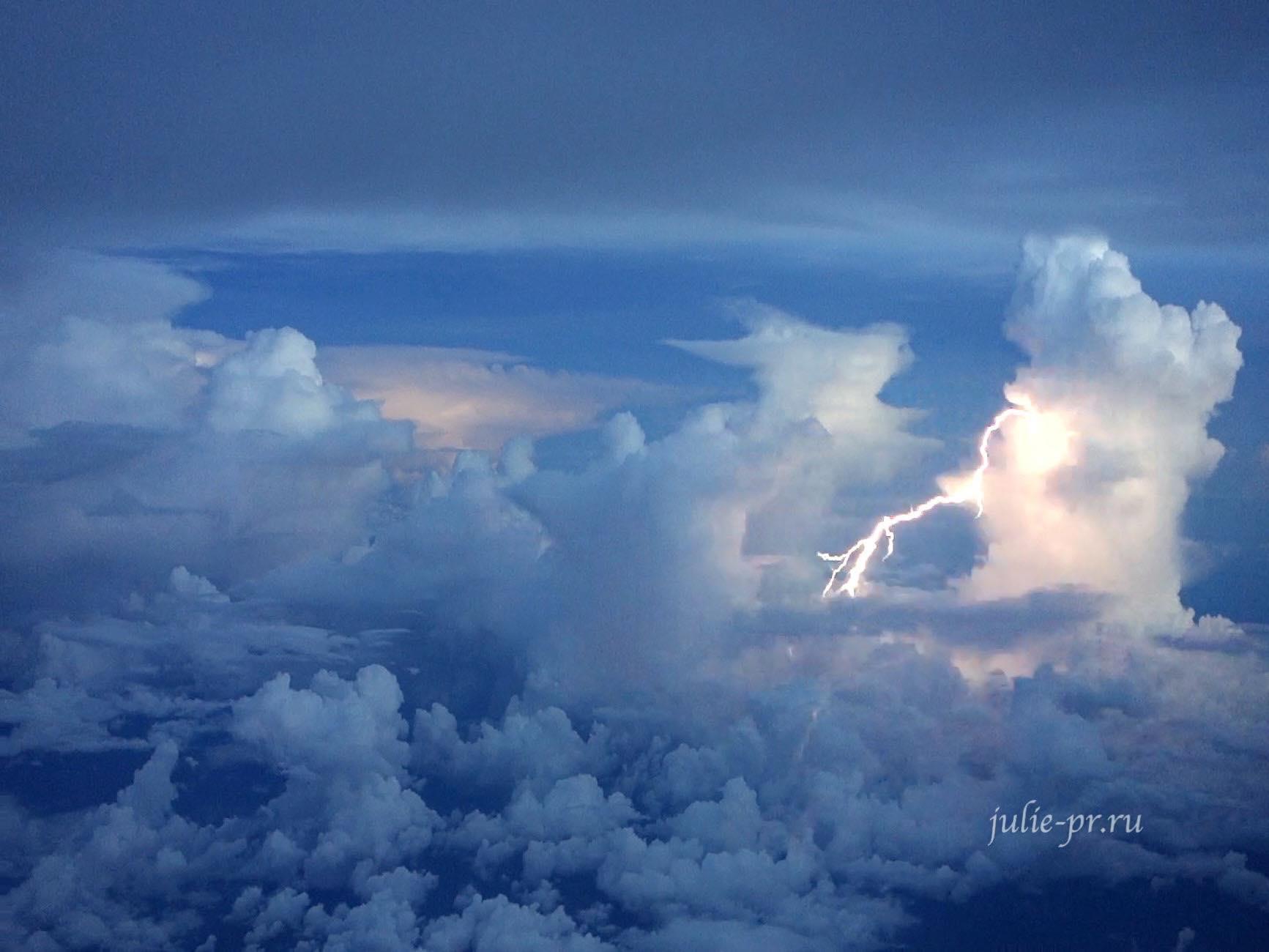 Бразилия, Молния вид с самолёта