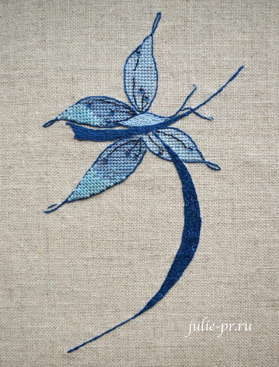 Вышивка крестом, вышивка атласной гладью, атласная гладь, Soizic, буква J с бабочкой, как вышивать, вышивка бисером