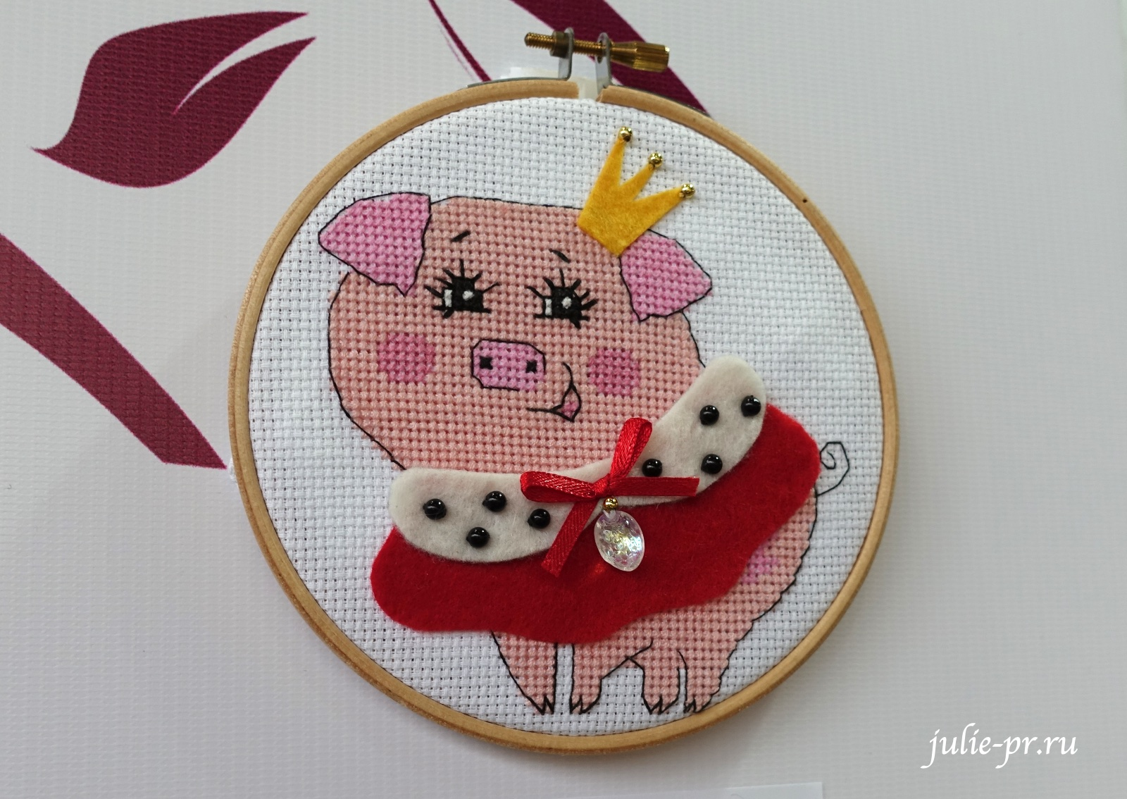 вышивка крестом, поросенок, год свиньи, риолис, формула рукоделия