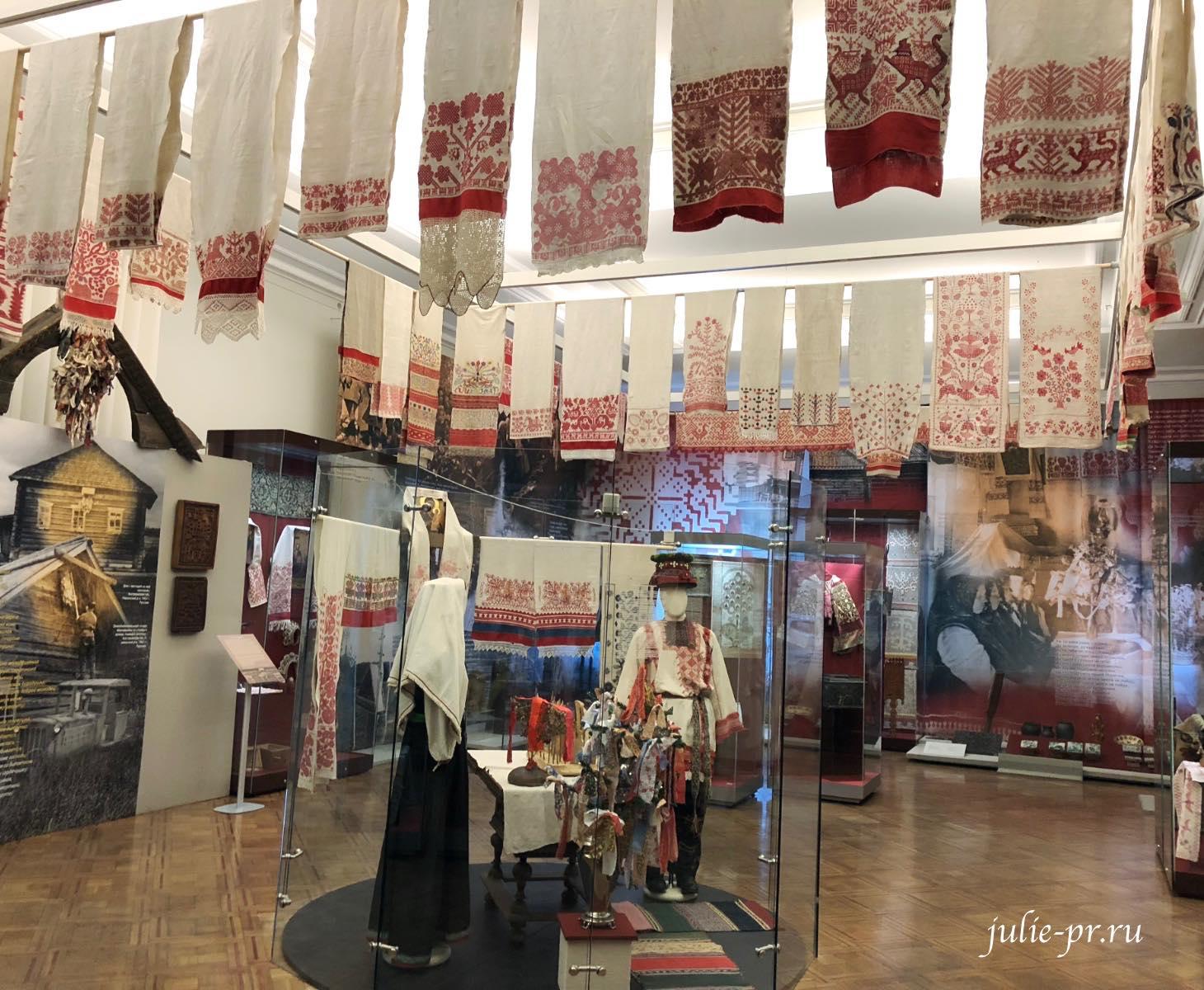 Российский этнографический музей, выставка Древо жизни, вышивка