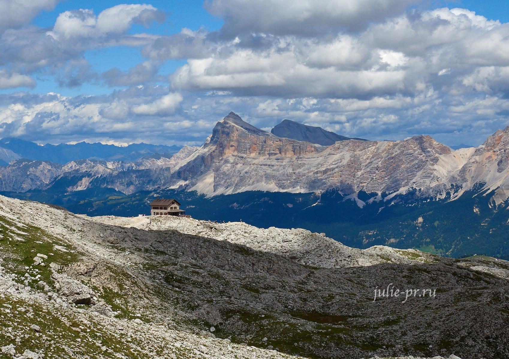 Италия, Альпы, Доломиты, Rifugio Franz Kostner al Vallon
