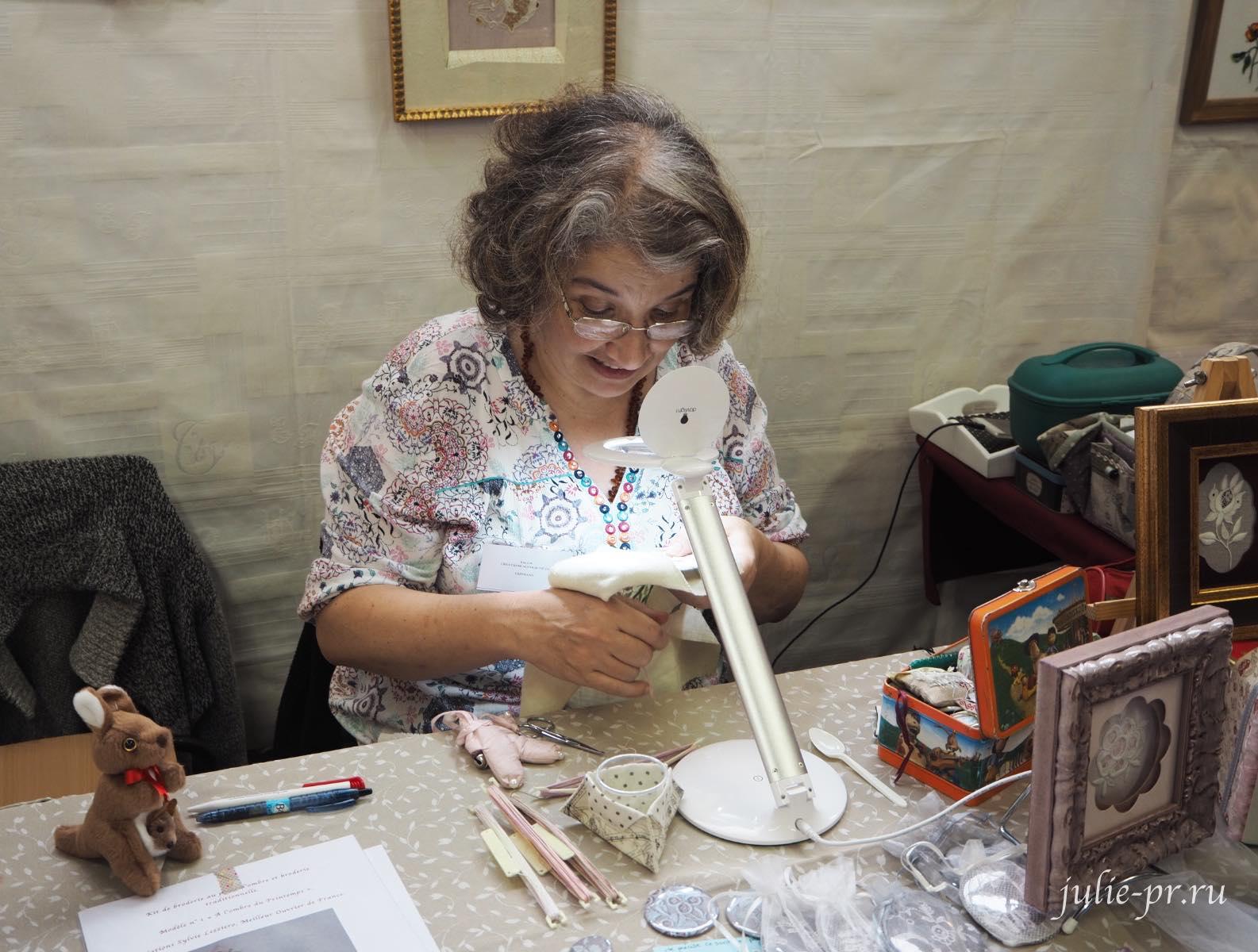 Un Chat dans l'aiguille, Sylvie Lezziero, вышивка гладью