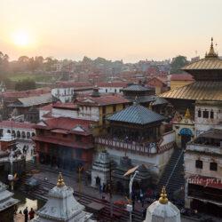 Непал. Вокруг Аннапурны: 2. Катманду (перелёт, Пашупатинатх)