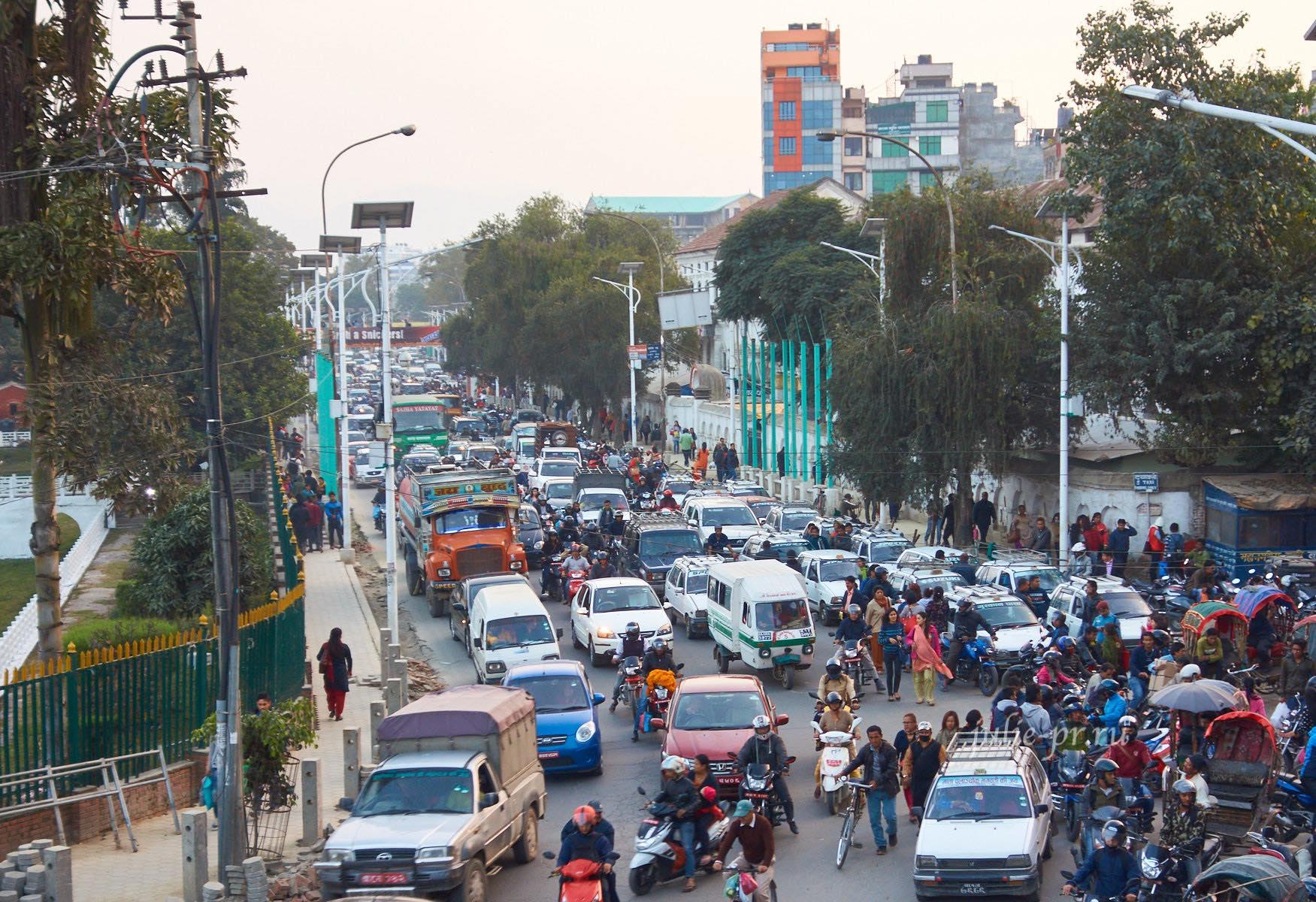 Непал, Катманду, пробки на дорогах