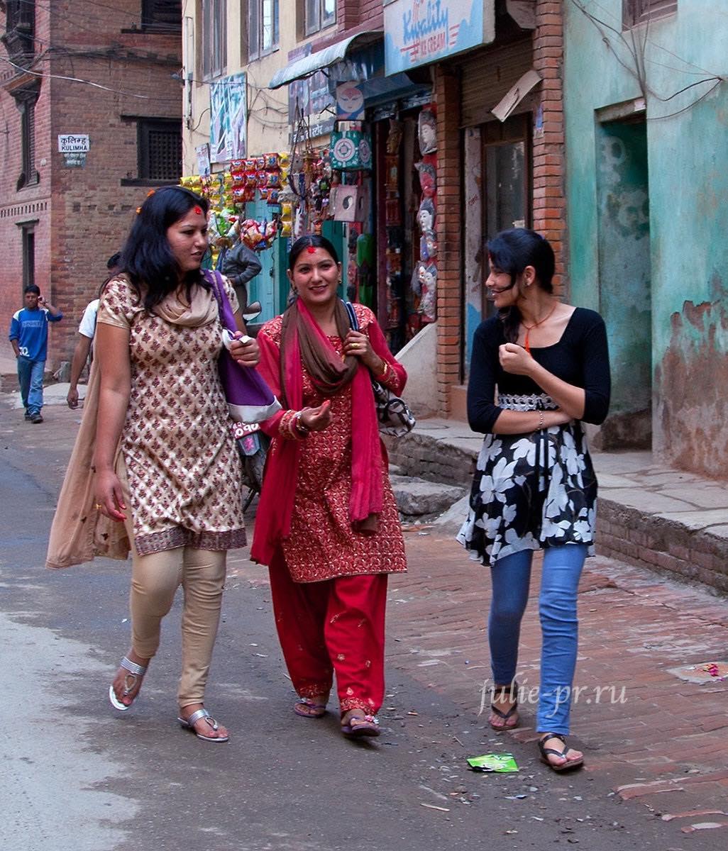 Непал, Катманду, девушки