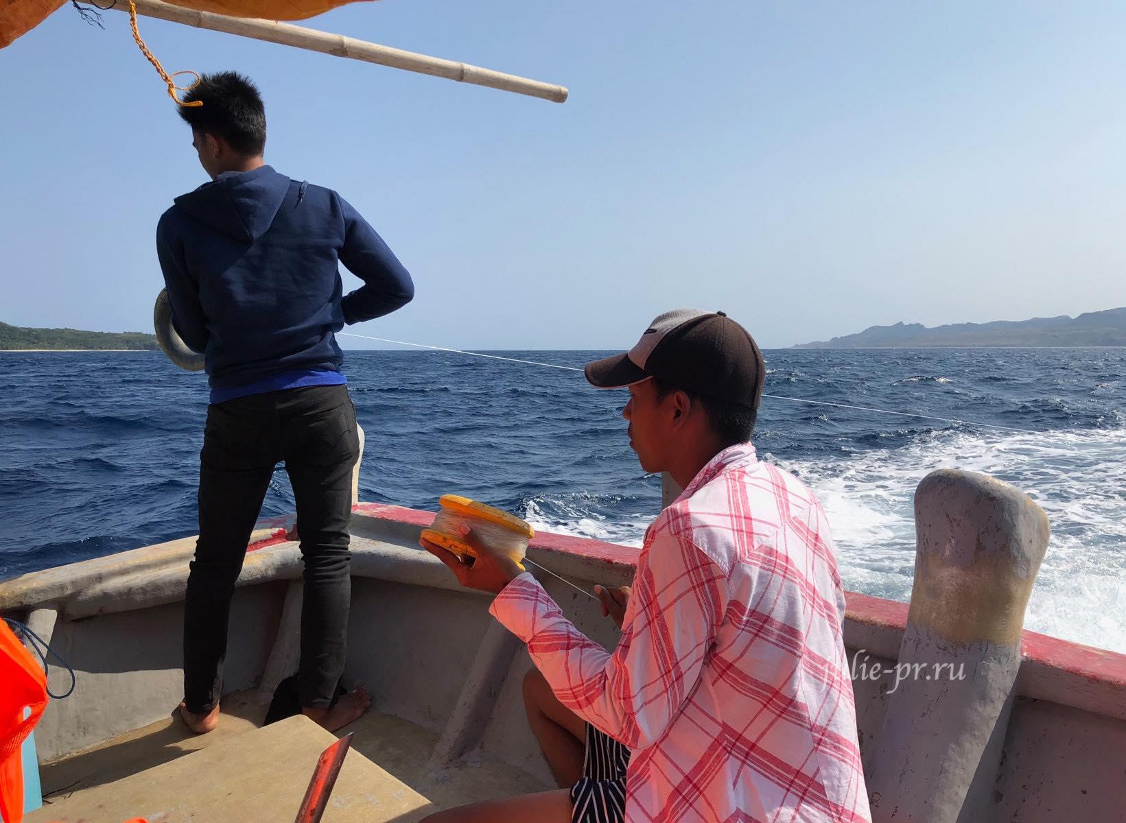 Филиппины, острова Батанес, на лодке