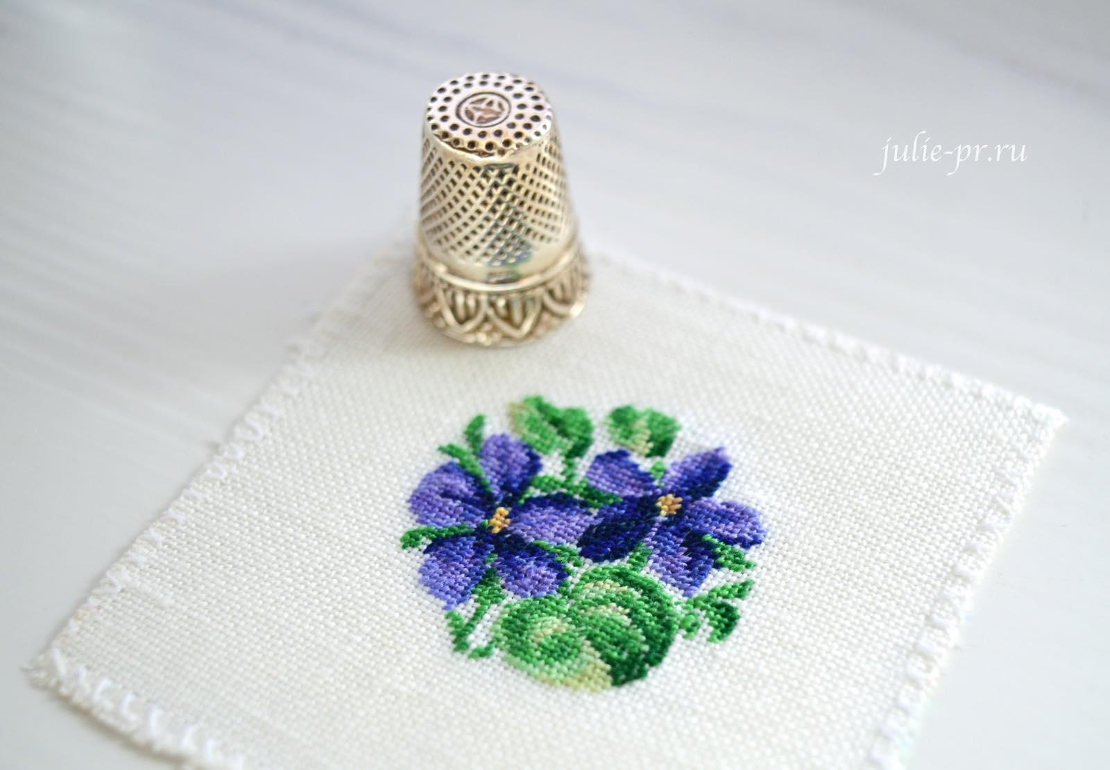 LB-Accessories (Life is beautiful), кулон фиалки, вышивка крестом, вышивка петитом, вышивка petit points