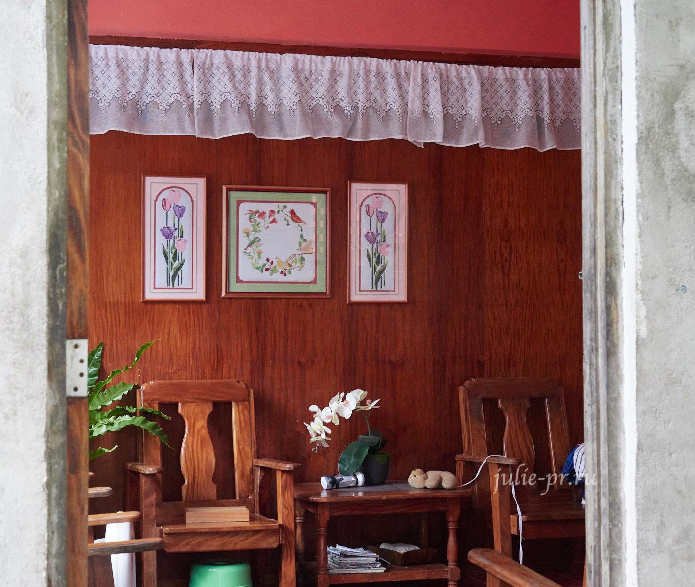 Филиппины, острова Батанес, Уюган, вышивка