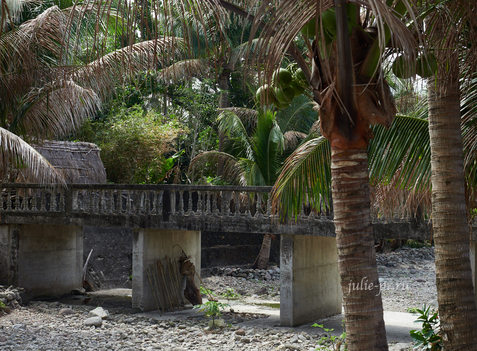 Филиппины, острова Батанес, Уюган, мост