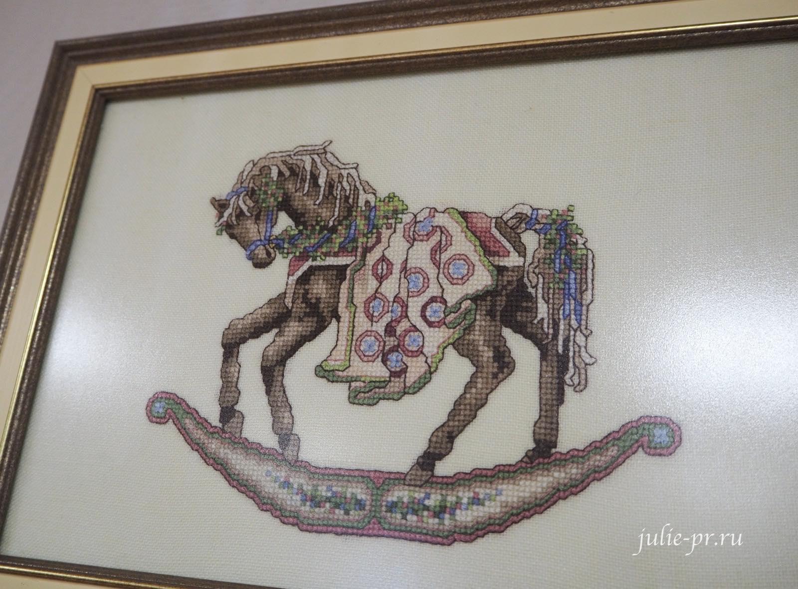 Teresa Wentzler, Тереза Венцлер, вышивка крестом, Rocking Horses, Лошадки-качалки