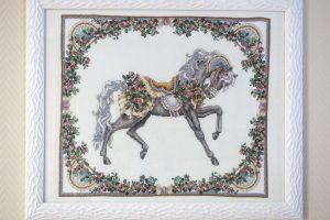Тереза Венцлер, вышивка крестом, Teresa Wentzler, Seasonal Carousel Horses Summer, Сезонная карусель-лошадка, лето
