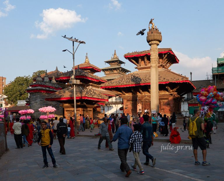 Непал. Вокруг Аннапурны: 4. Катманду (площадь Дурбар, 18+)