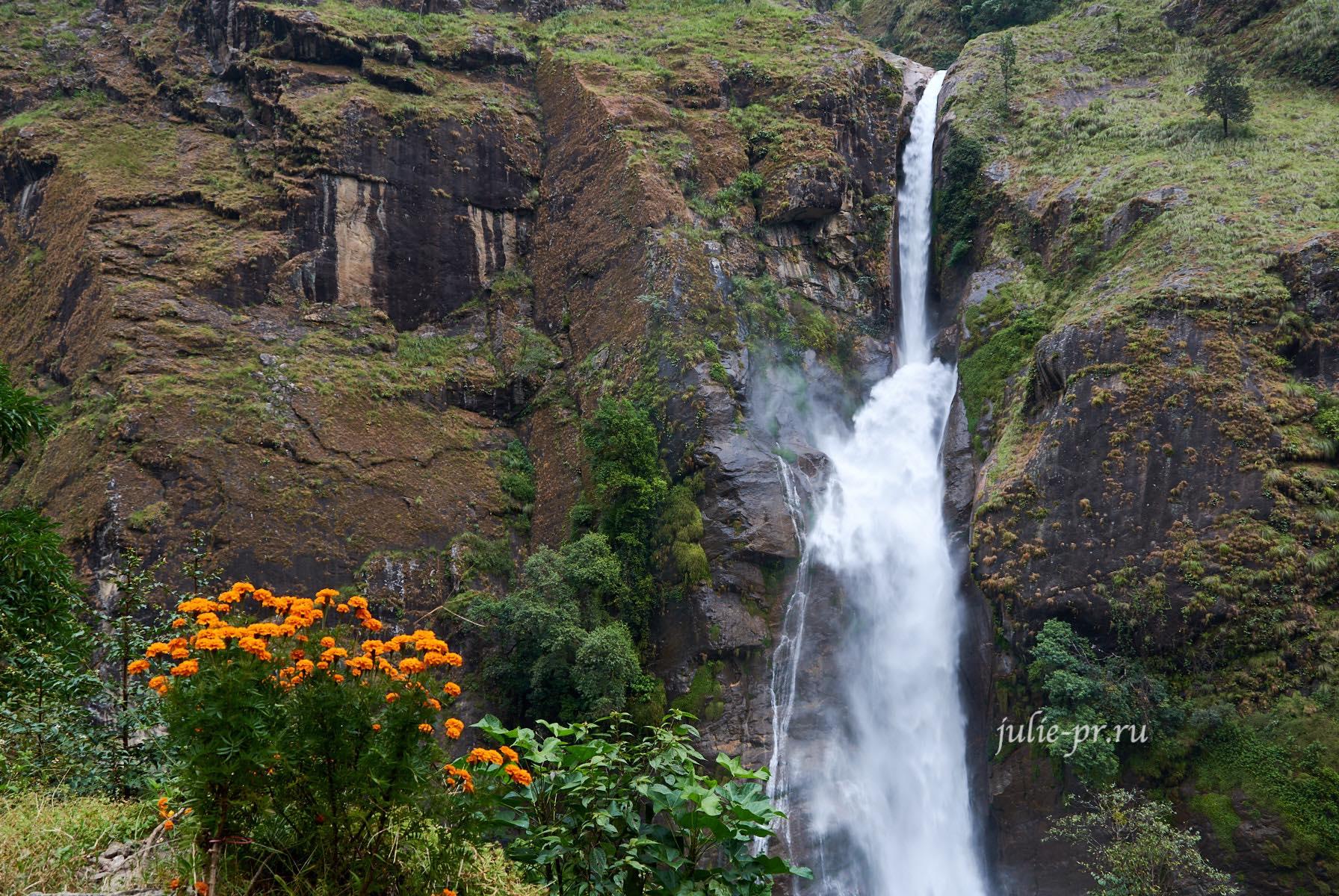 Непал, Аннапурна, водопад