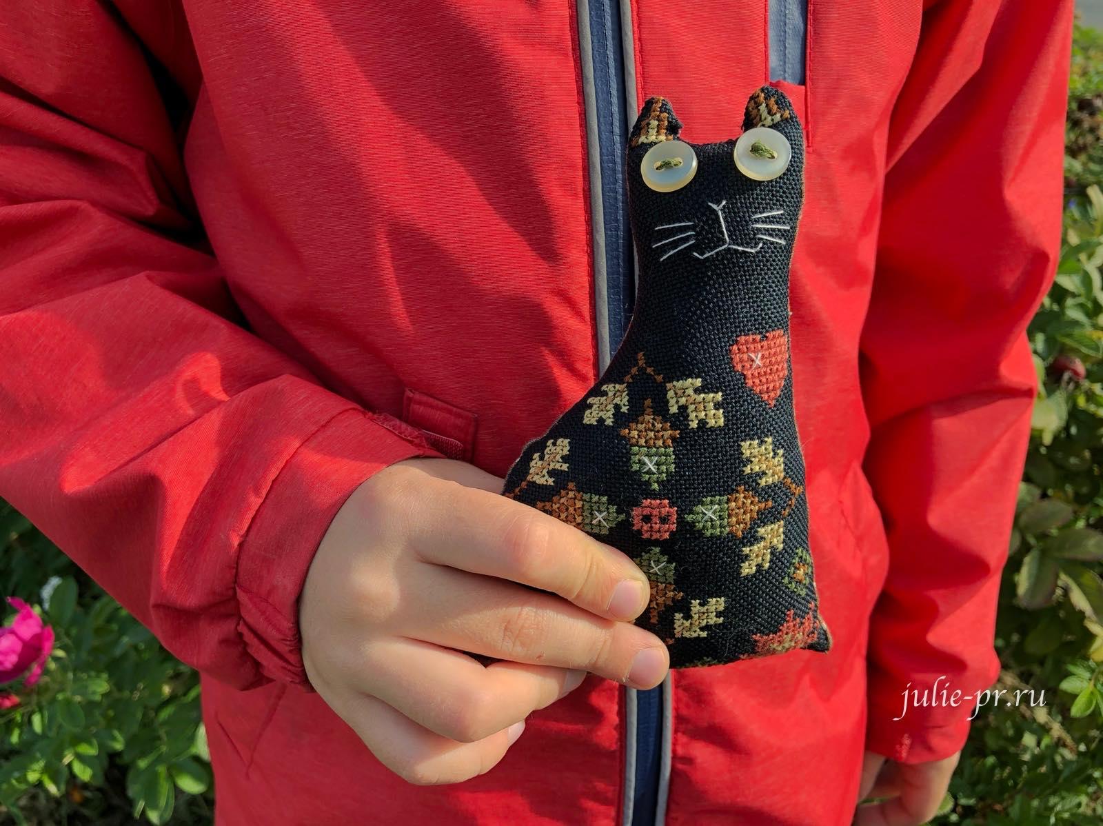 вышивка крестом, Autumn cat, Осенний кот, Евдокия Николаевой (Punochka Stitch), журнал Just CrossStitch за октябрь 2019, осень, Австрийская равномерка Ubelhor Monika 28