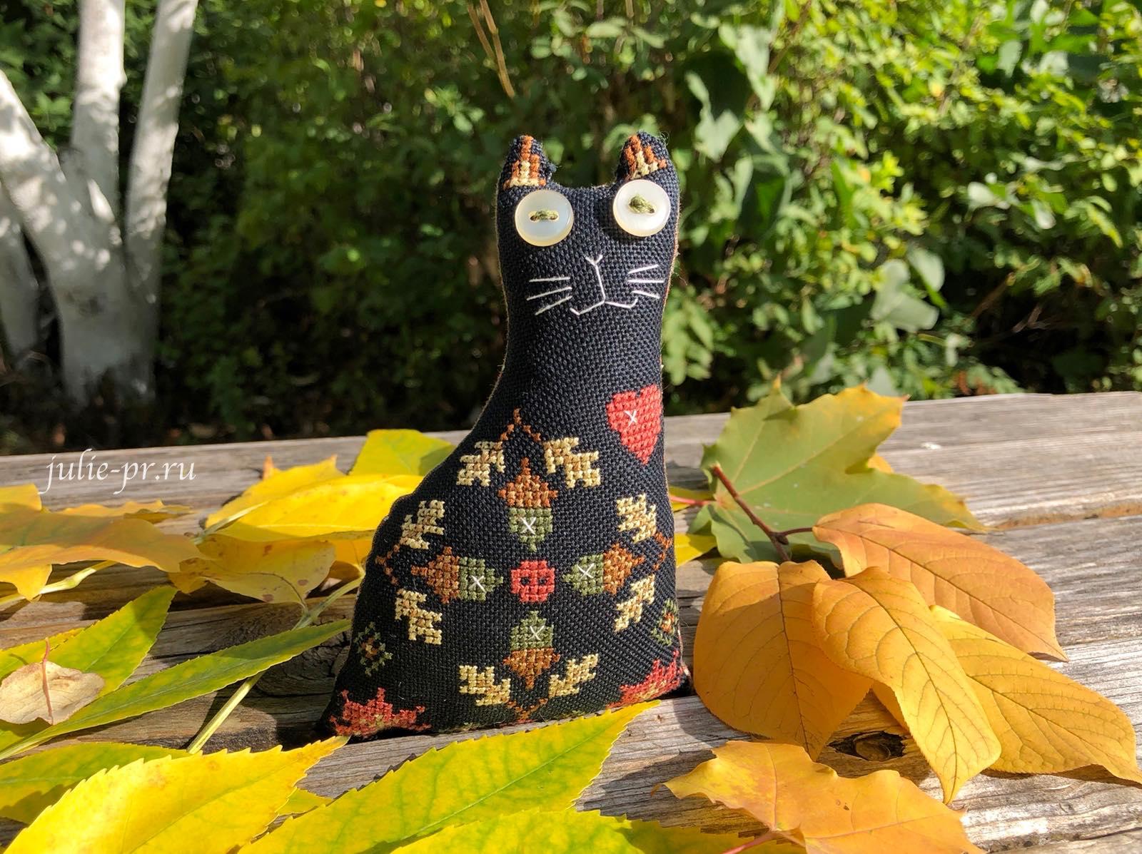 Осенний кот. Мой опыт вышивки на равномерке Monika