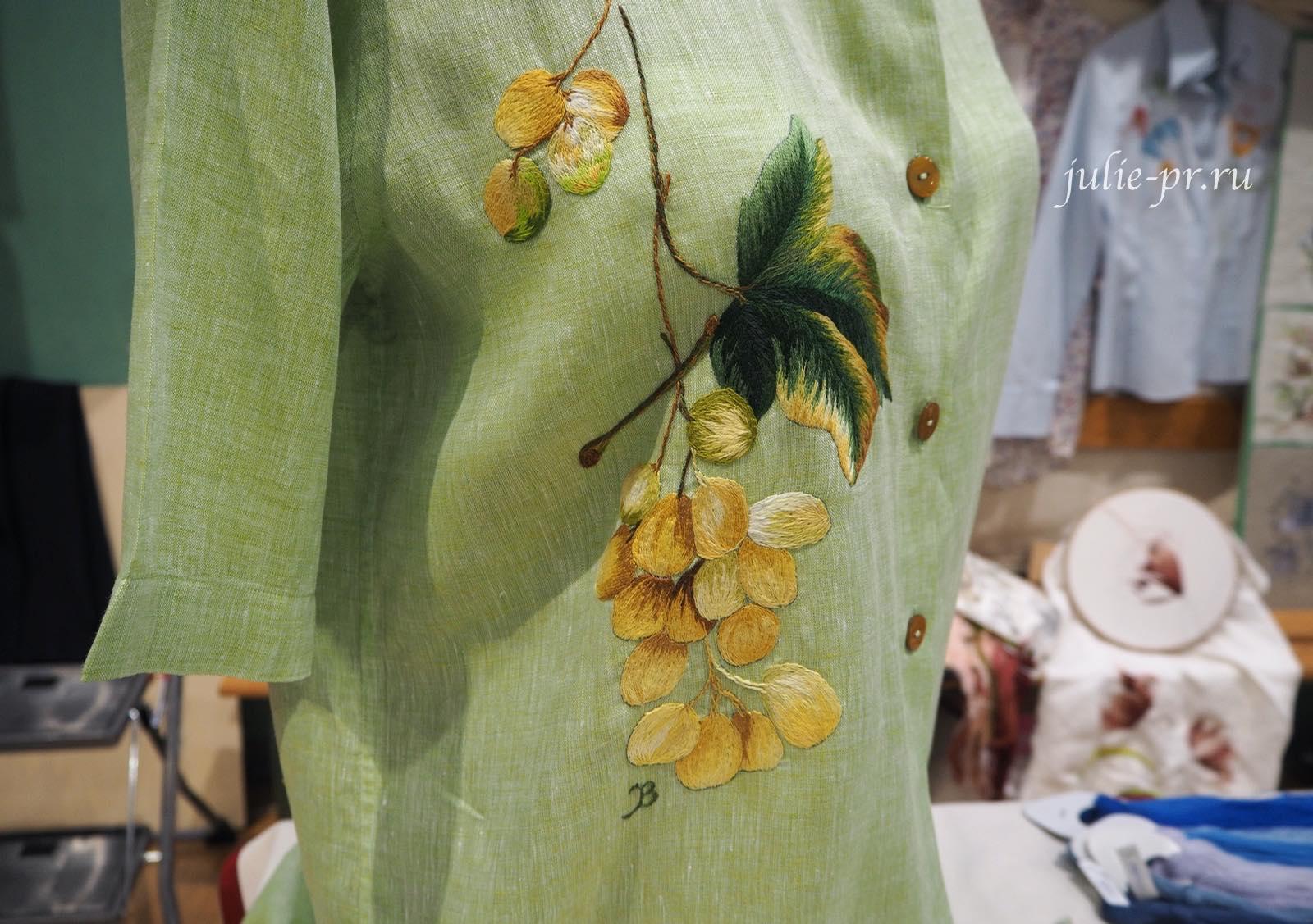 Gisella Tamagno, вышивка гладью