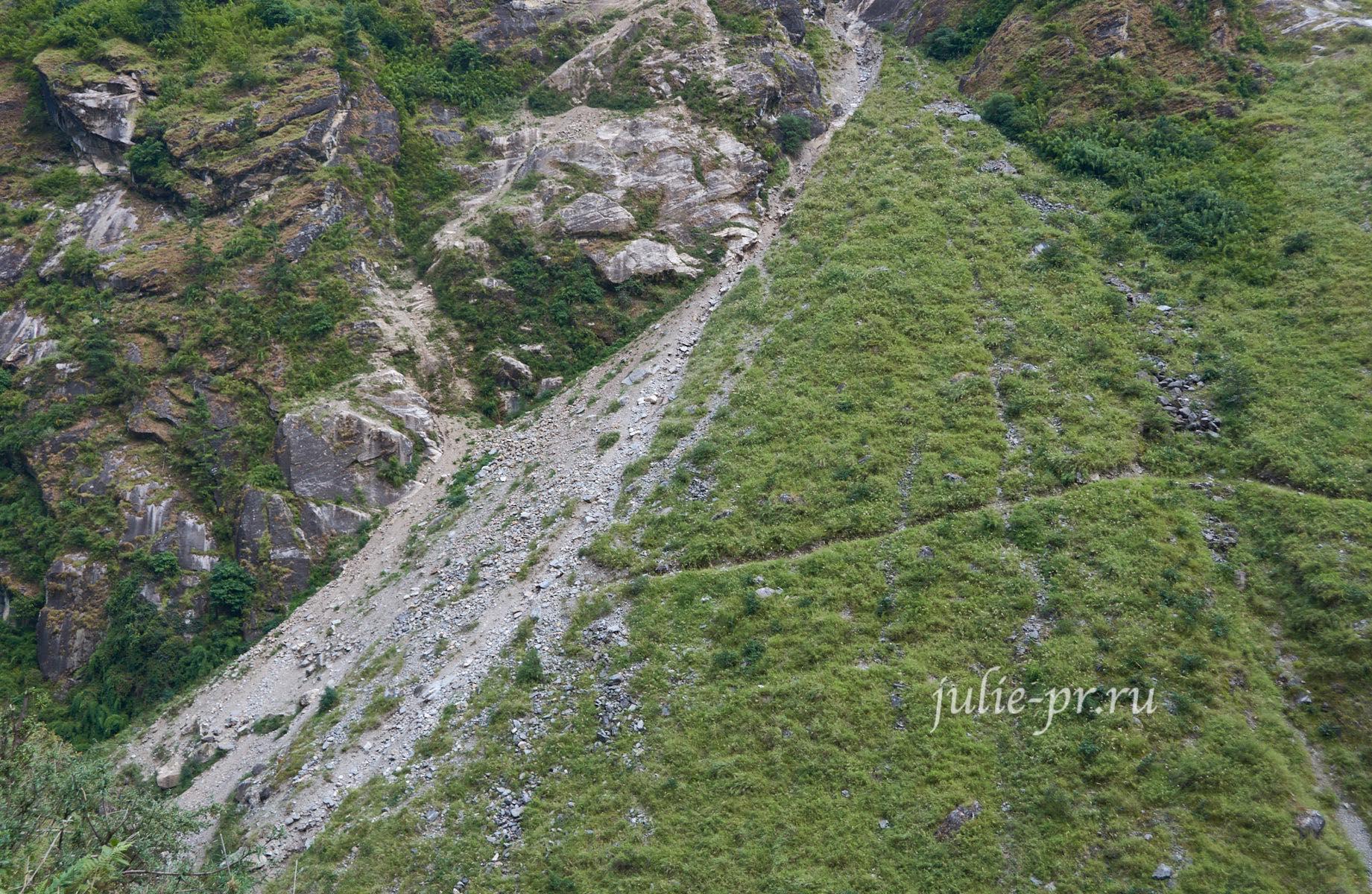 Непал, Трек вокруг Аннапурны, тропа, оползень