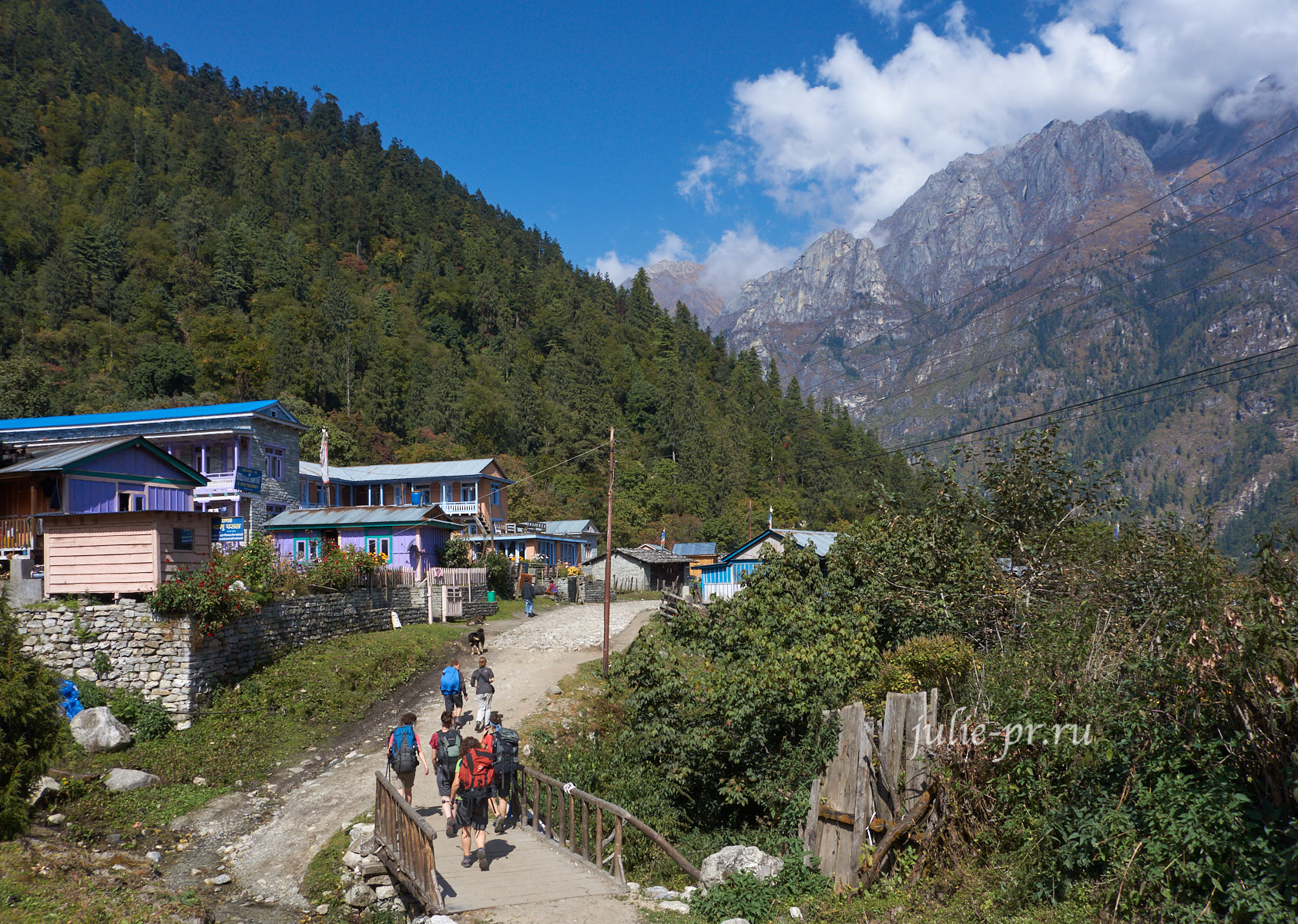 Непал, Трек вокруг Аннапурны, деревня Тиманг