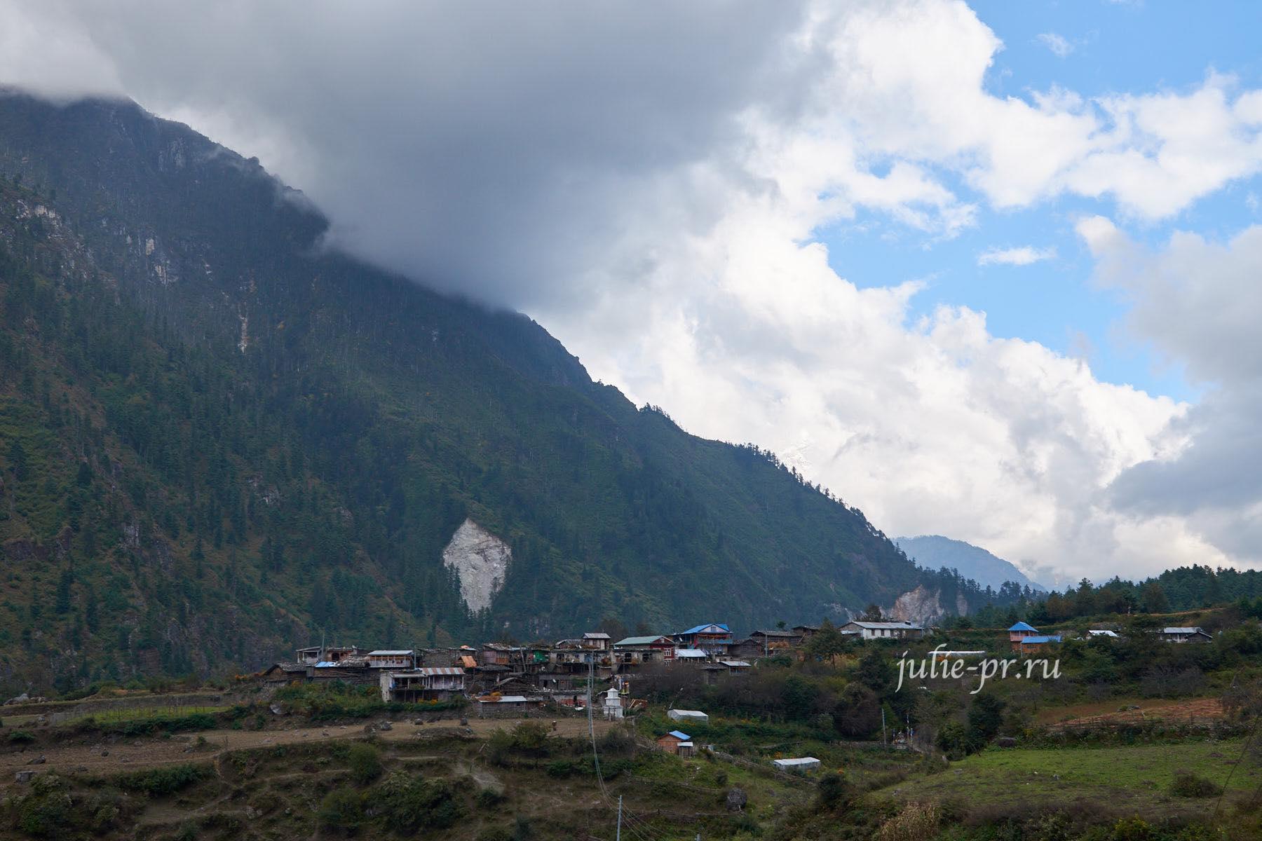 Непал, Трек вокруг Аннапурны, Деревня Танчок