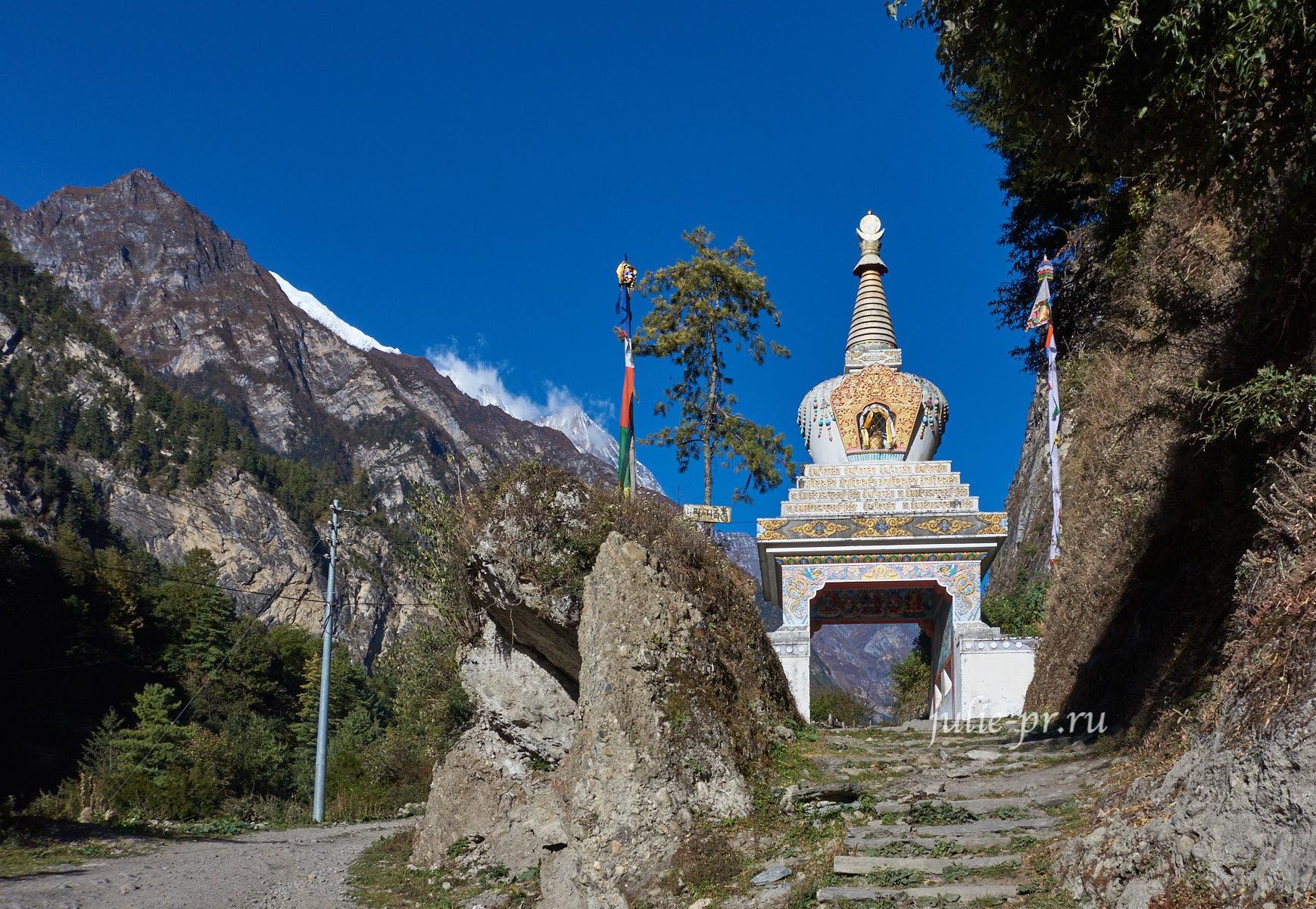 Непал, Трек вокруг Аннапурны, Ворота Чаме
