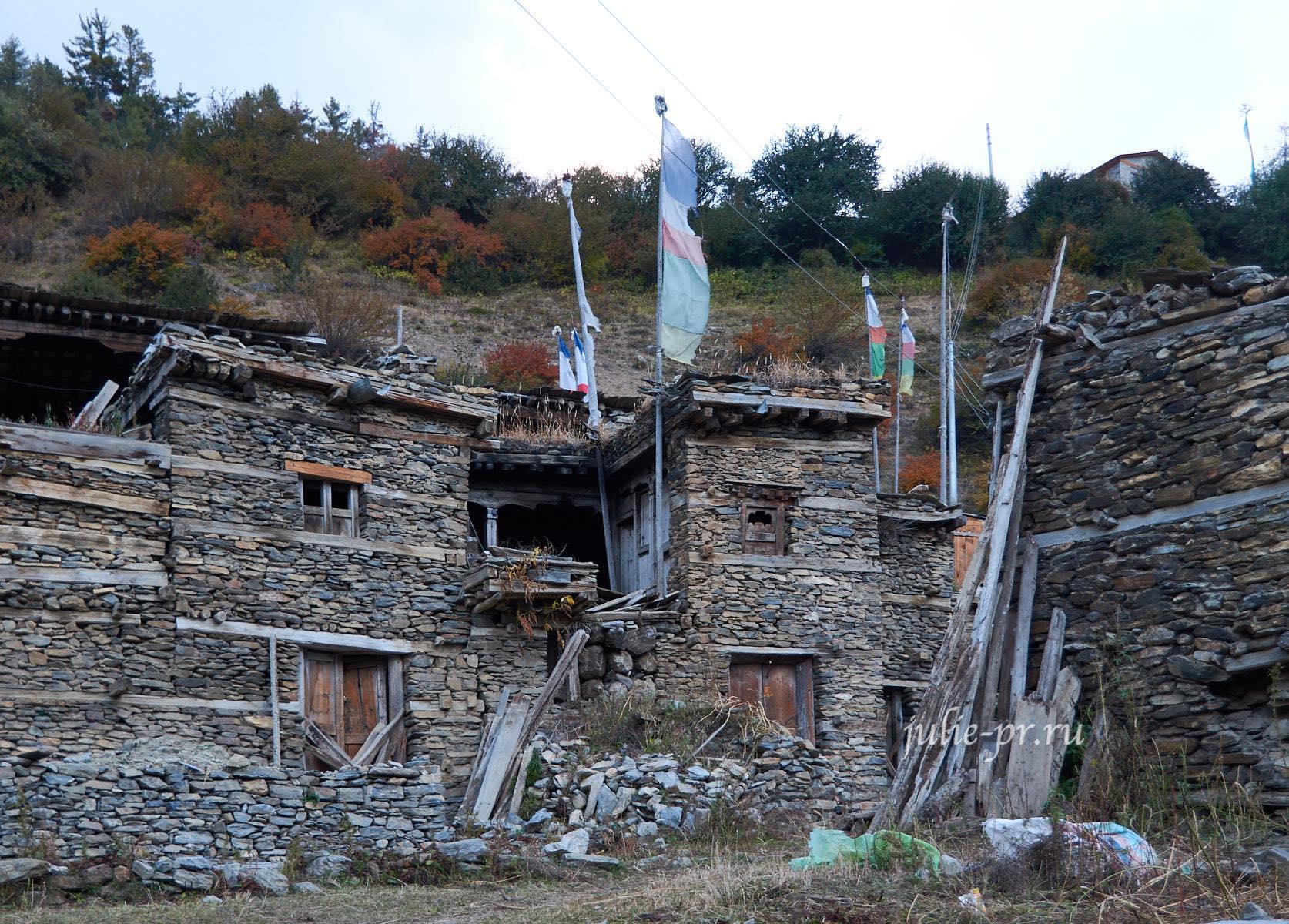 Непал, Трек вокруг Аннапурны, Деревня Писанг