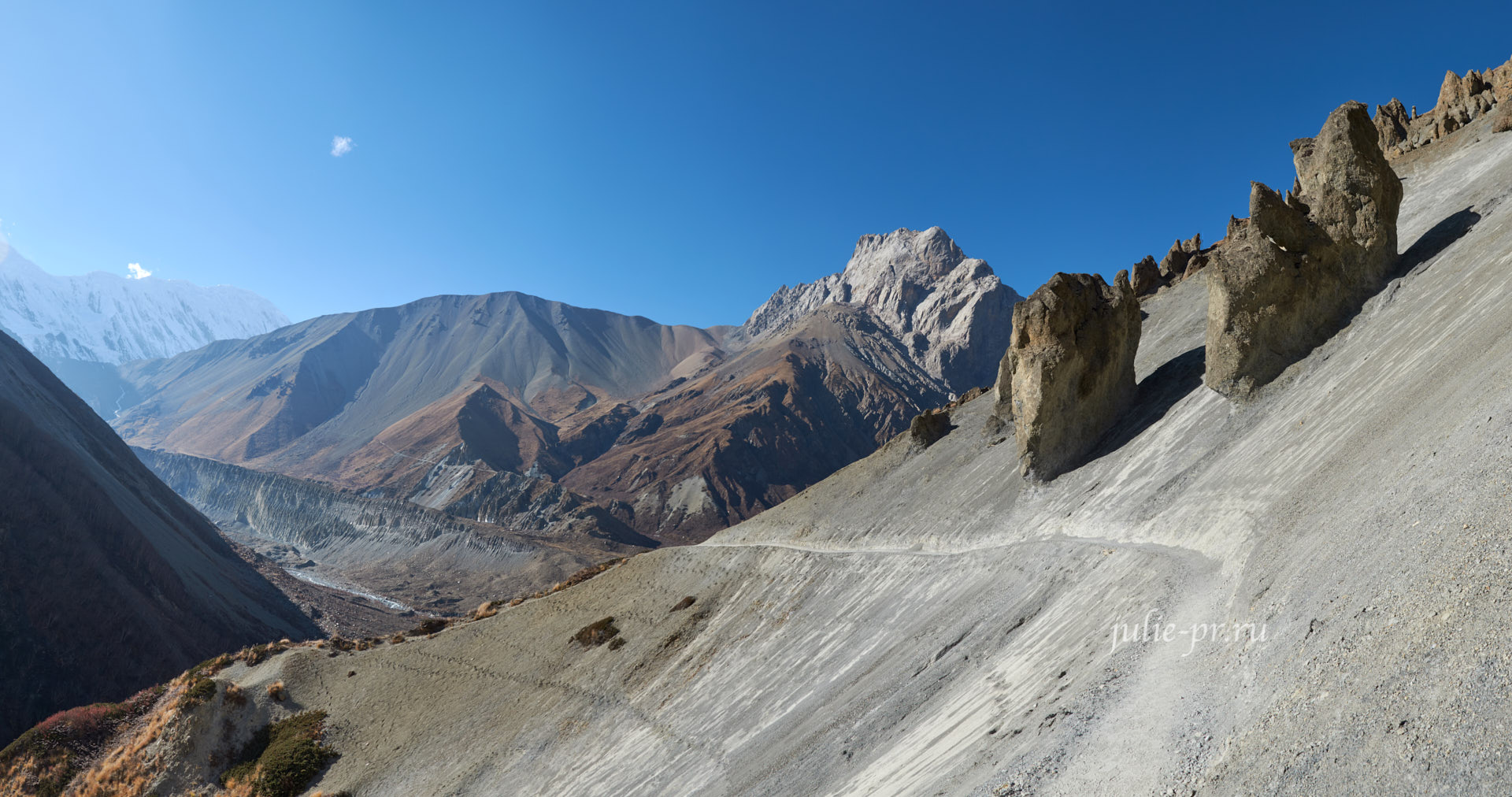 Непал, Аннапурна. Осыпи на пути к Тиличо