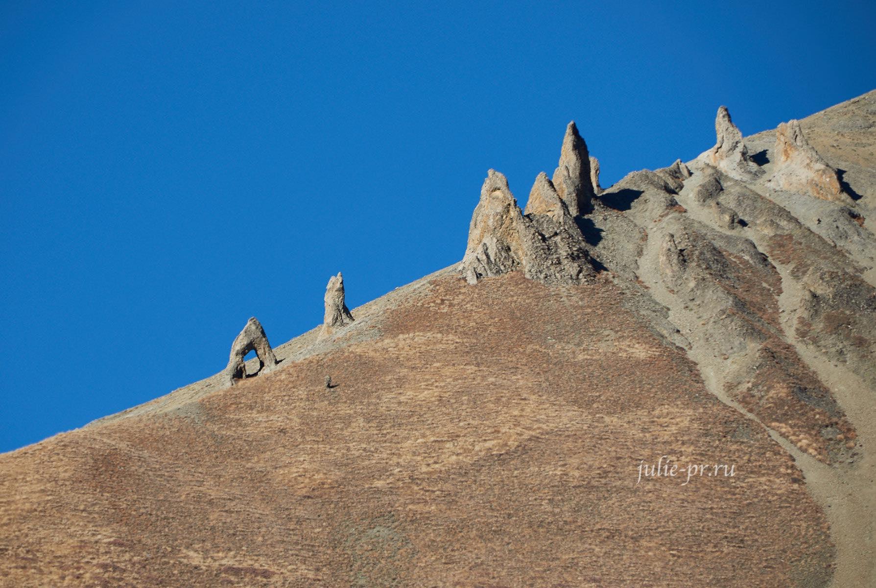 Непал, Тиличо, Скалы