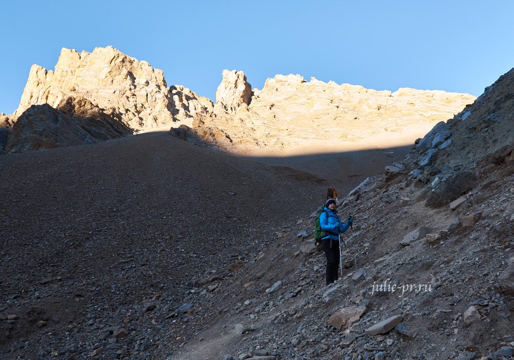 Непал, Подъём к Верхнему лагерю